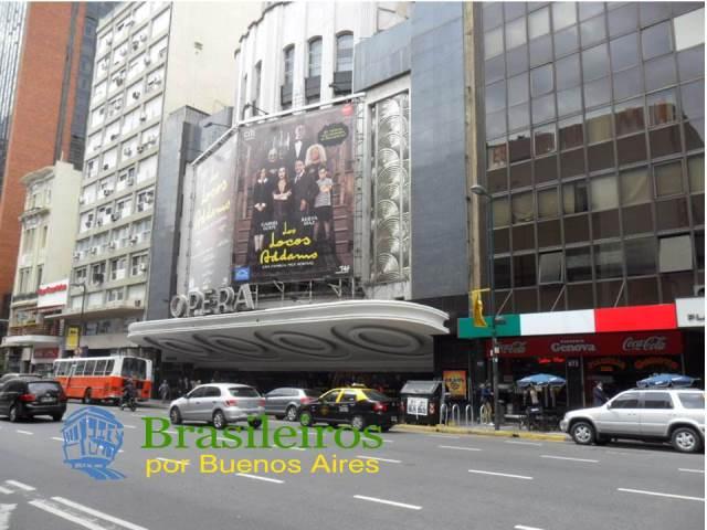 Calle Corrientes, centro de Buenos Aires