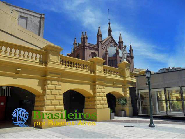 Paseo del Pilar, Recoleta