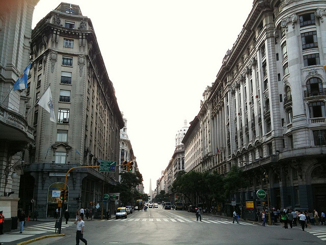 Micro Centro de Buenos Aires (Foto: Joe Gatling)