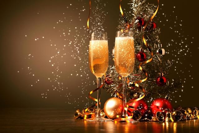 Resultado de imagem para champagne final do ano