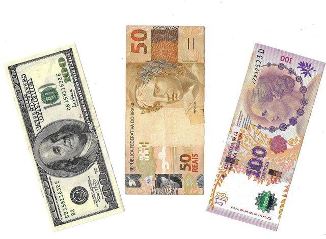 Como usar o cartão de crédito ou débito no exterior, dinheiro vivo