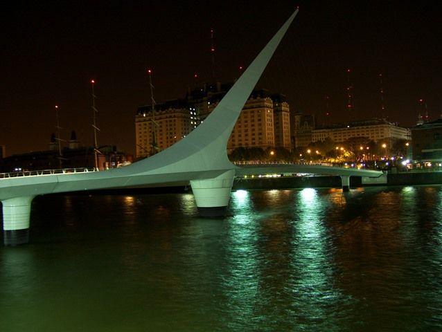 Lua de mel em Buenos Aires, Ponte da Mulher, Puerto Madero