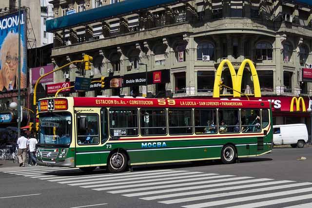 Como não passar perrengue em Buenos Aires, ônibus (Foto: Barcex)