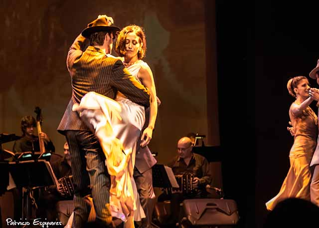 Natal e Réveillon em Buenos Aires, Piazzolla Tango 1